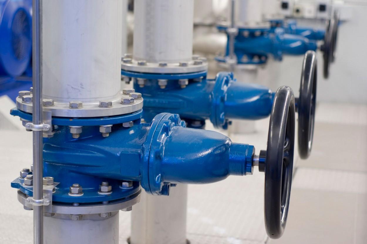 Монтаж внутренних сетей водопровода и канализации